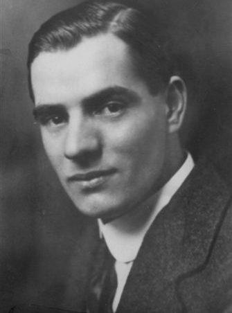 Harold Bailey   Les Bailey