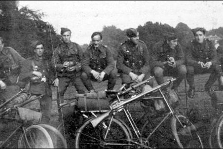 Rifles on bikes 25th County of London Cyclist Battalion   Les Bailey