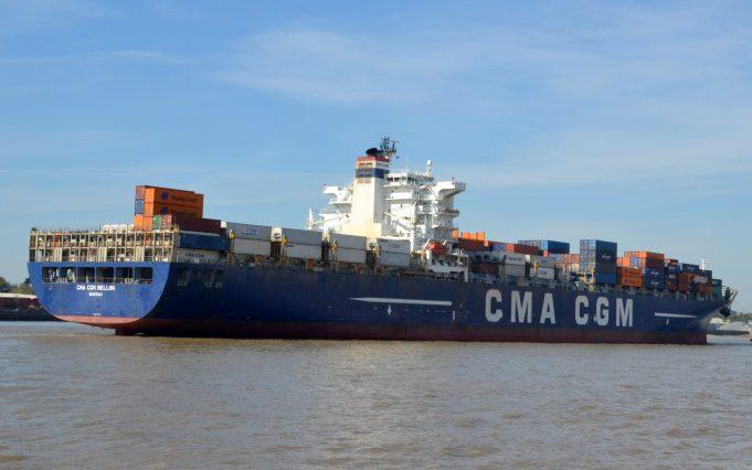 CMA CGM BELLINI  arriving on the Thames | Jack Willis