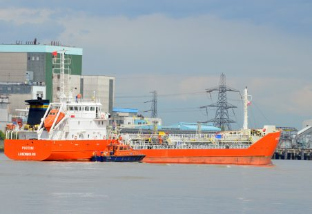 PUCCINI passing Tilbury