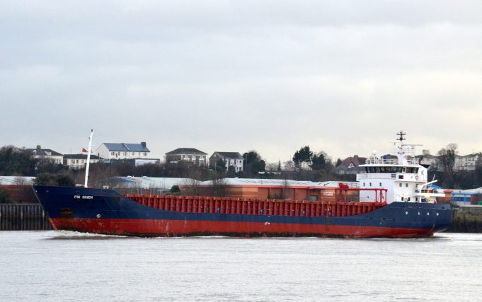 FRI SKIEN passing Tilbury | Jack Willis