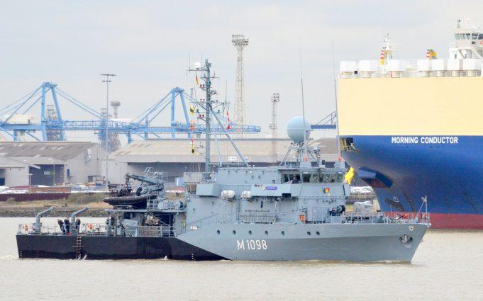 M1098 and M1090   German warships | Jack Willis