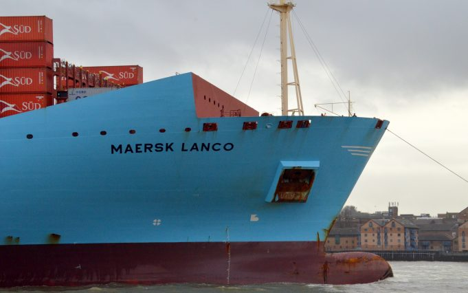 MAERSK LANCO arriving on the Thames | Jack Willis