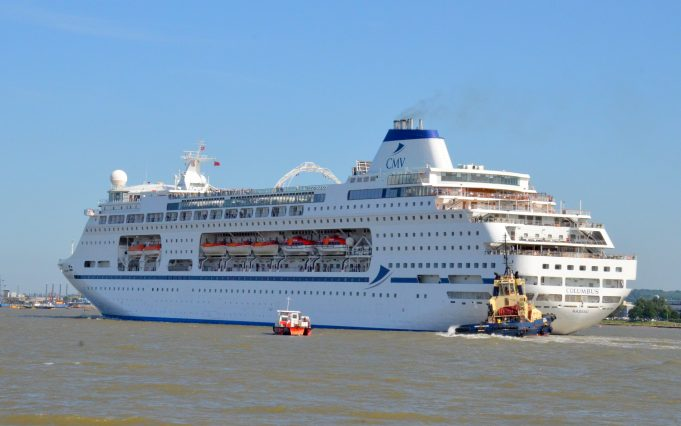 COLUMBUS leaving Tilbury | Jack Willis