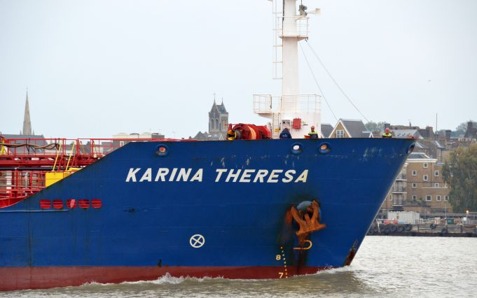 KARINA THERESA arriving on the Thames | Jack Willis