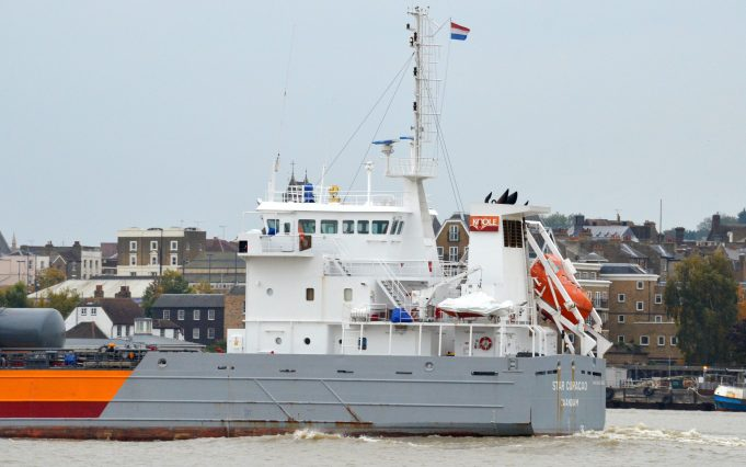 STAR CURACAO leaving the Thames | Jack Willis