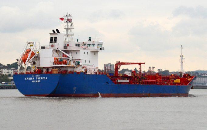 KARINA THERESA arriving on the Thames | Jack Willis
