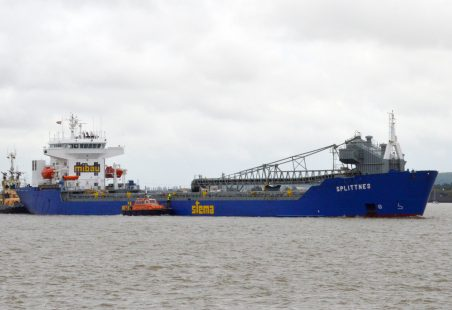 SPLITTNES for Tilbury docks