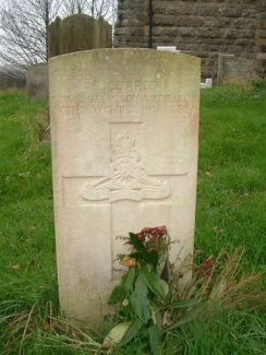 CWG Headstone for Robert Currie in St Catherine's, East Tilbury | Geoffry Gillon (on Find a Grave)