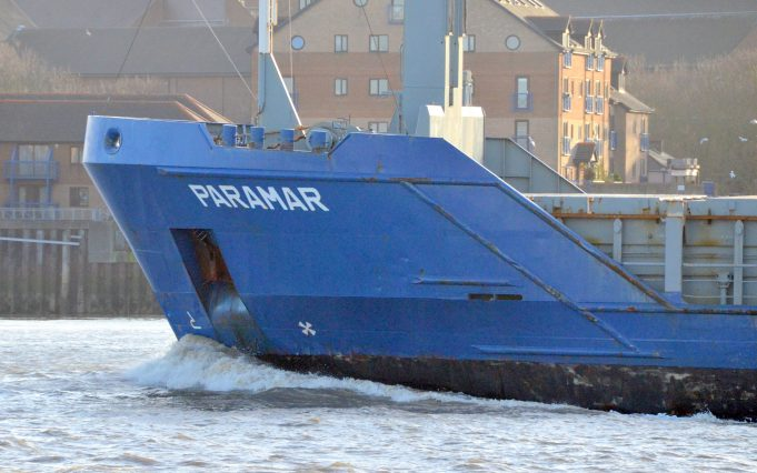 PARAMAR leaving the Thames | Jack Willis