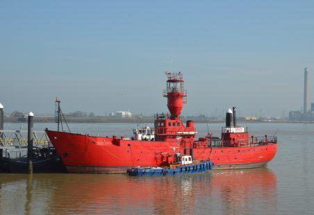 NIPASHORE alongside light vessel