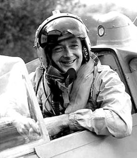 DONALD  MALCOLM CAMPBELL C.B.E (23 MARCH 1921 - 4 JANUARY 1967) (LAND AND WATER SPEED RECORD BREAKER)