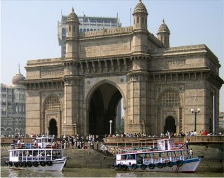 The Gateway of India from Bombay docks | Rhaessner