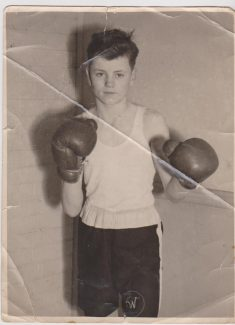 Tommy Whiting 1948 | Schoolboy Boxing champion