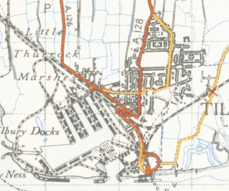 1946 OS map showing Tilbury Riverside and the triangular junction of railway lines
