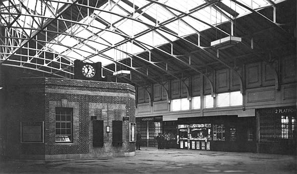 Tilbury Riverside Station c1935