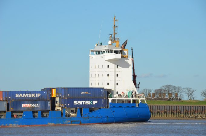 SAMSKIP COURIER on the Thames | Jack Willis