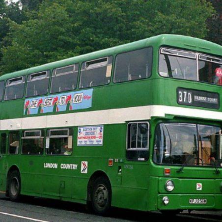 370 bus | Ray Hinton