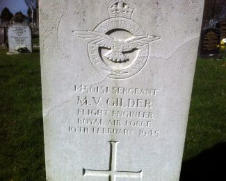 War Grave M.V.Gilder Chadwell St Mary | Graham Sutcliffe