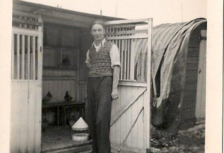 Pigeon Loft In Tilbury - Reg Banks