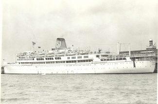IRPINIA on Tilbury Landing Stage | Jack Willis
