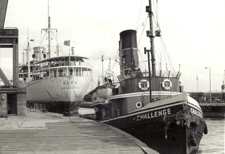 CHALLENGE entering Tilbury