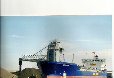 STONE unloading in Tilbury