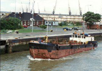 CONVEYOR leaving Tilbury | Jack Willis