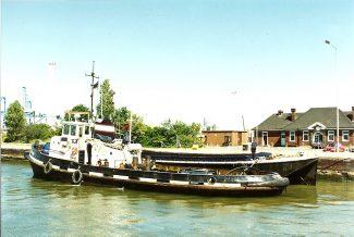 AICIRTRON in Tilbury locks | Jack Willis