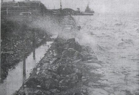 The sea wall at Tilbury Fort