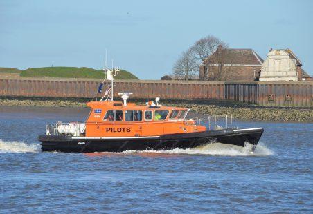 Pilot Boat GUIDE