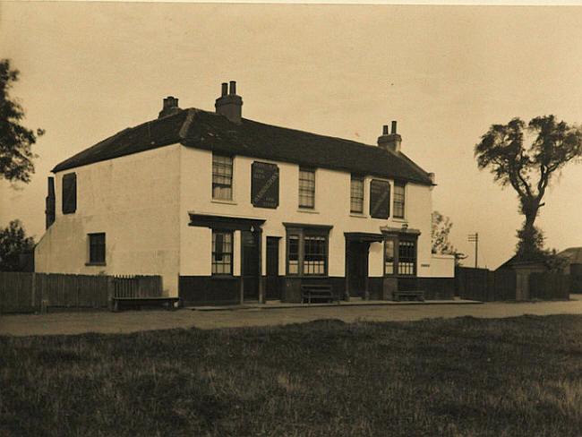 Kings Head - West Tilbury circa 1930.