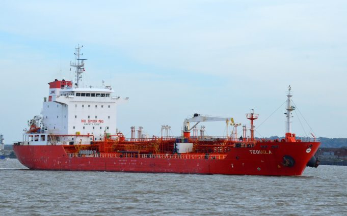 Tanker TEQUILA on the Thames | Jack Willis