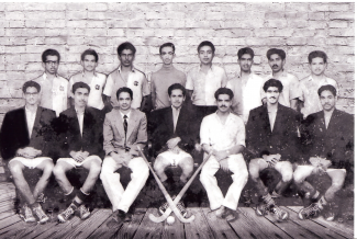 University of Mysore Hockey Team - Dr Ram top row 2nd from right | Dr Ram