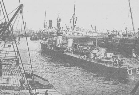 HMS Tilbury visits Tilbury  - April 1919