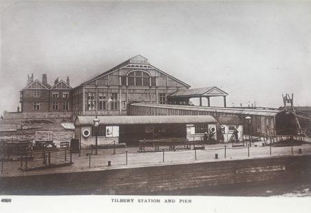 Postcard Riverside Station and Pier